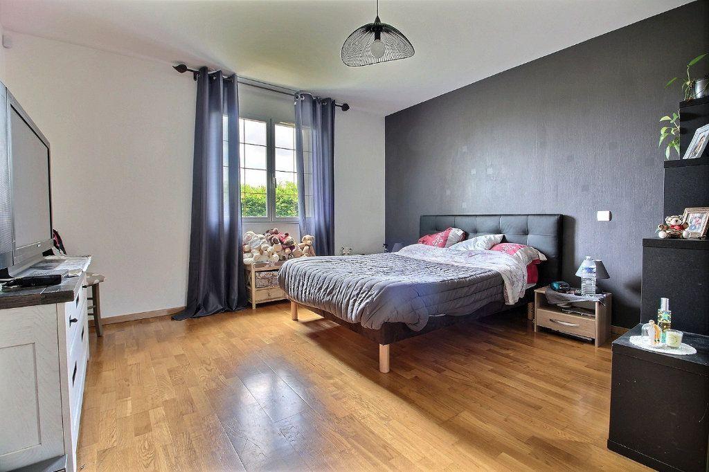 Maison à vendre 8 193m2 à Dijon vignette-9