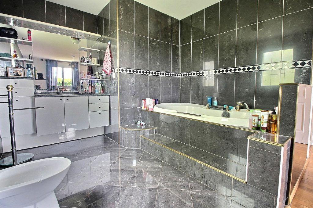 Maison à vendre 8 193m2 à Dijon vignette-10