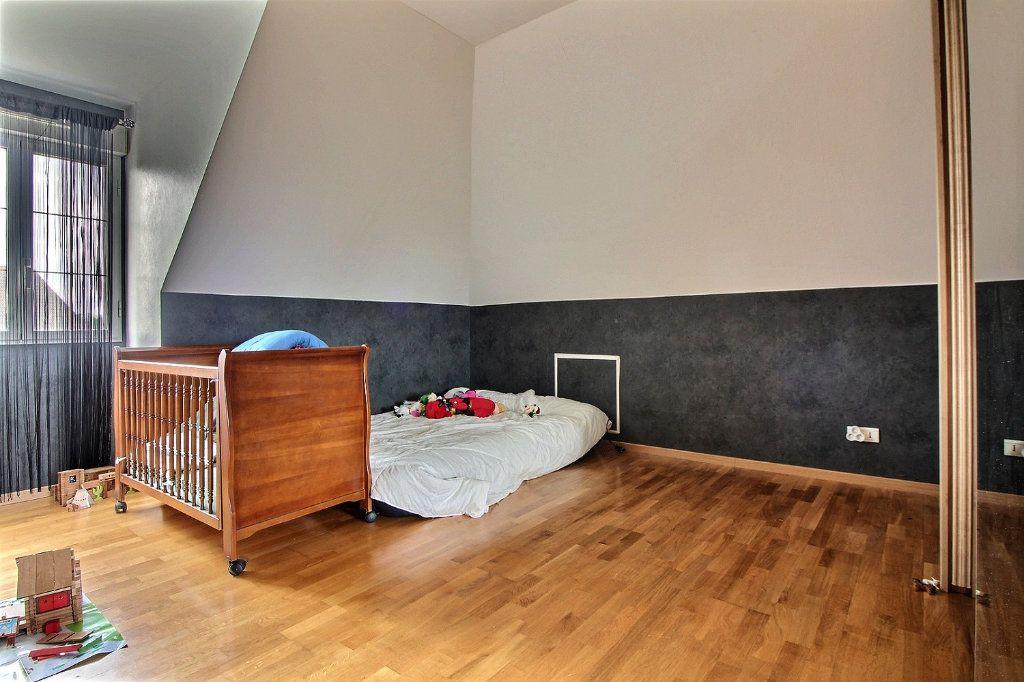 Maison à vendre 8 193m2 à Dijon vignette-18