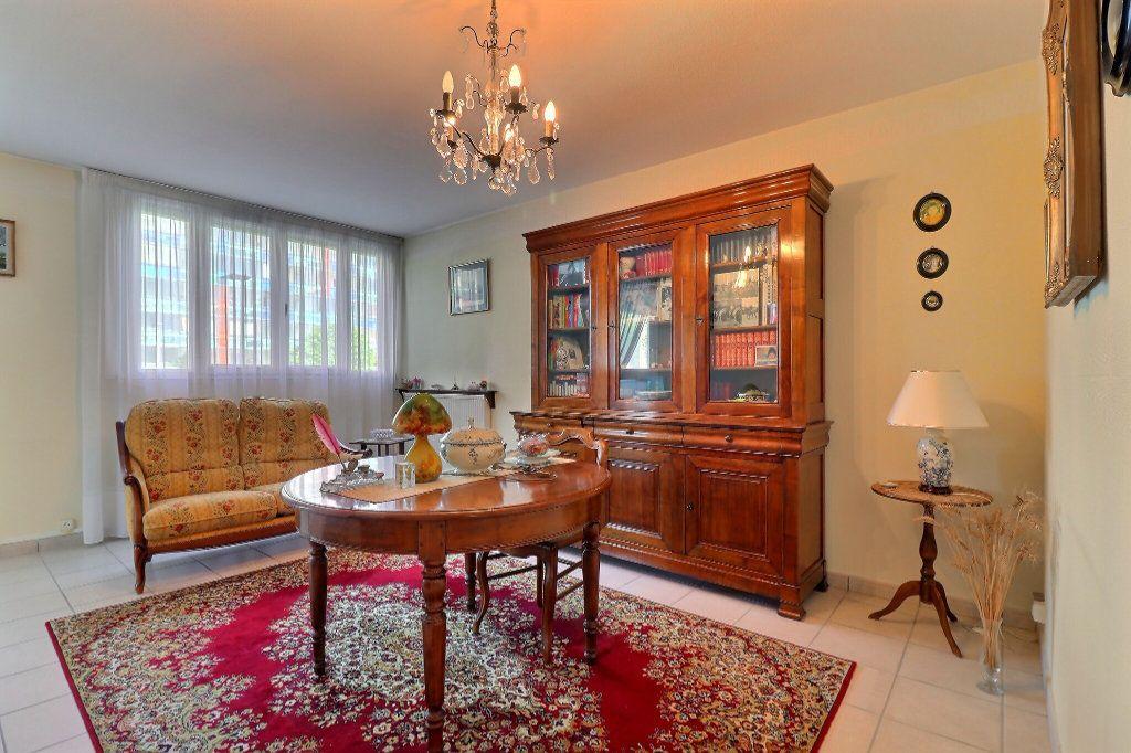 Appartement à vendre 2 59.47m2 à Chenôve vignette-1