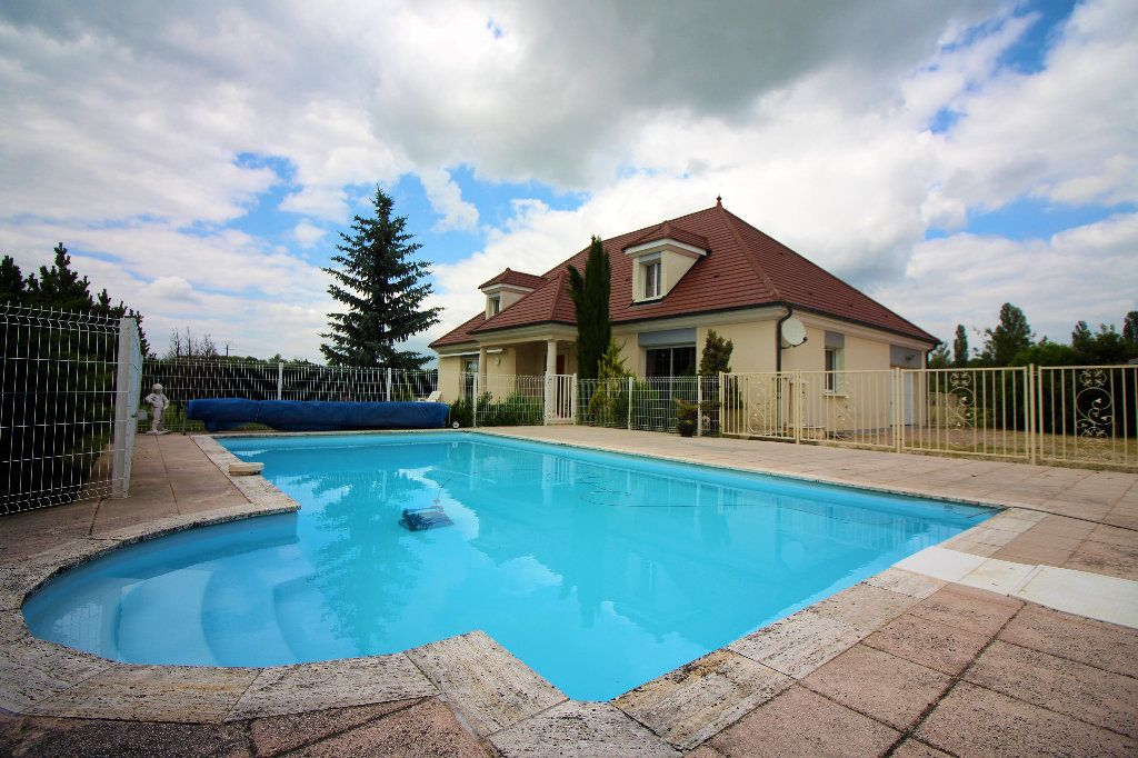 Maison à vendre 8 193m2 à Dijon vignette-1