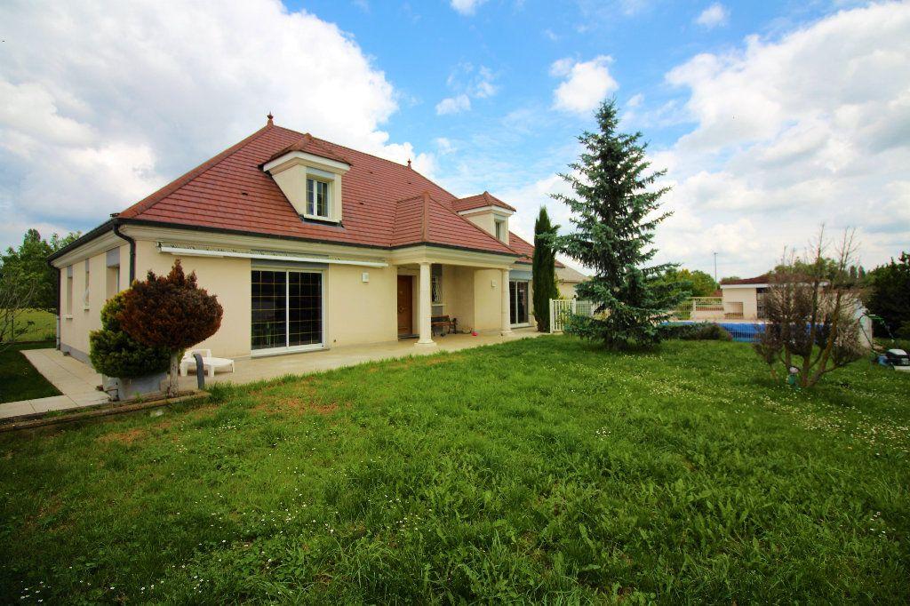 Maison à vendre 8 193m2 à Dijon vignette-2