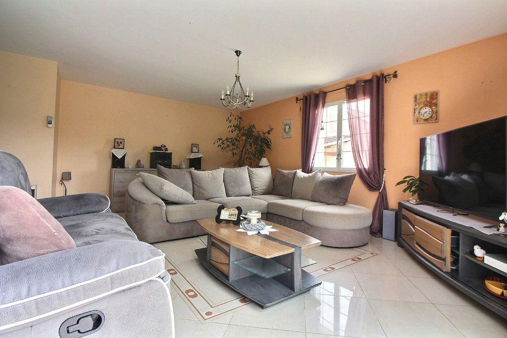 Maison à vendre 8 193m2 à Dijon vignette-4