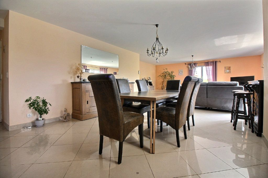Maison à vendre 8 193m2 à Dijon vignette-5