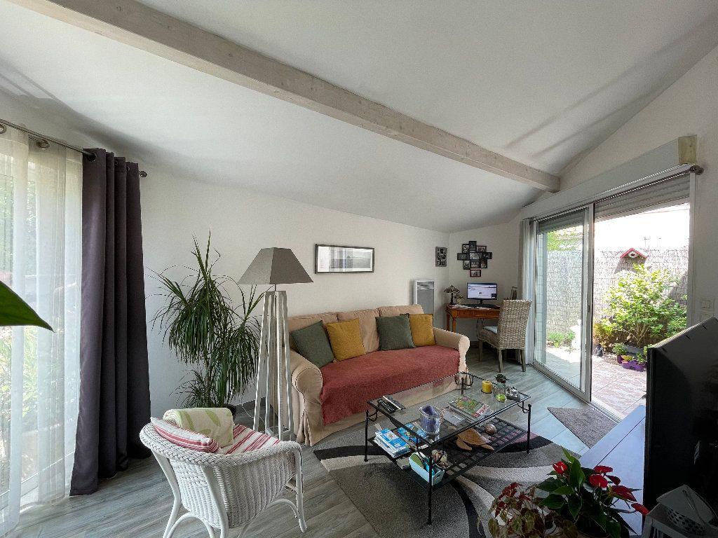 Maison à vendre 3 62.5m2 à Saujon vignette-4