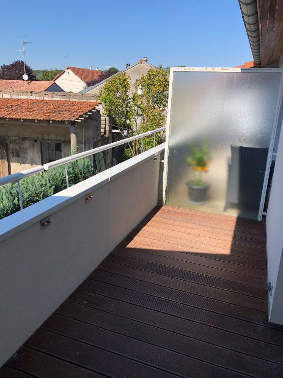 Appartement à louer 2 43.5m2 à Thionville vignette-4