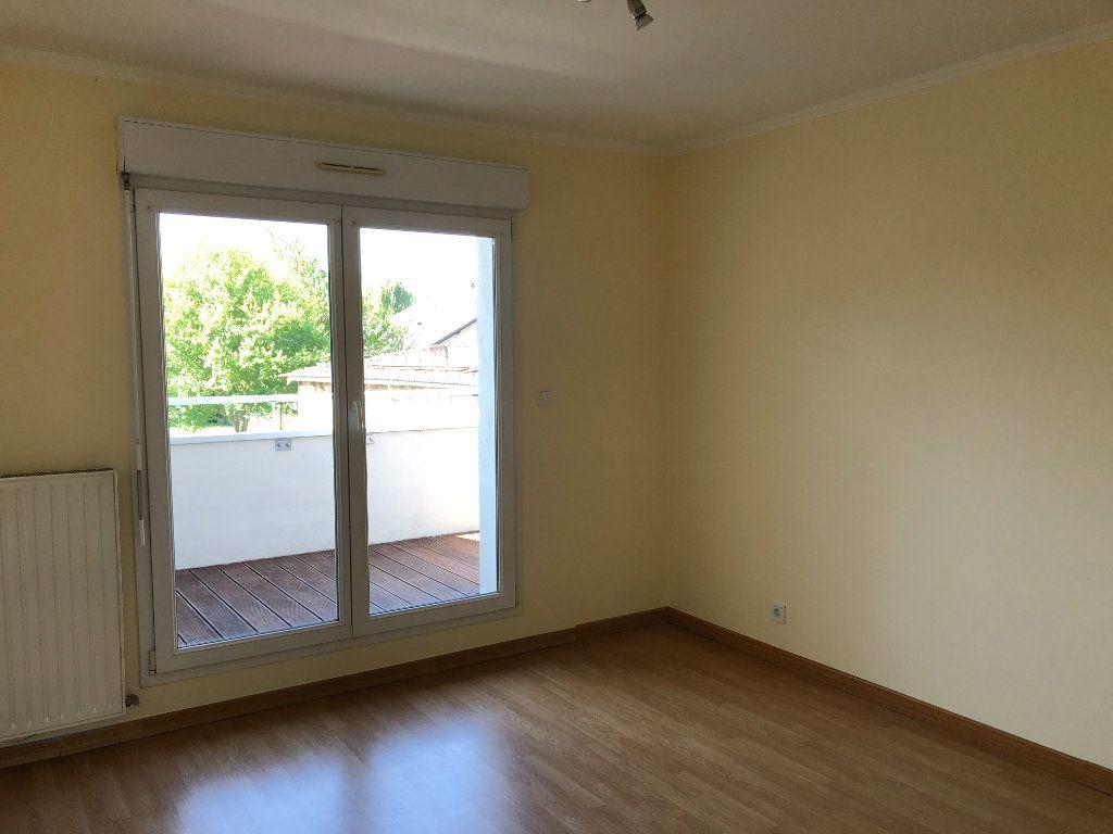 Appartement à louer 2 43.5m2 à Thionville vignette-6
