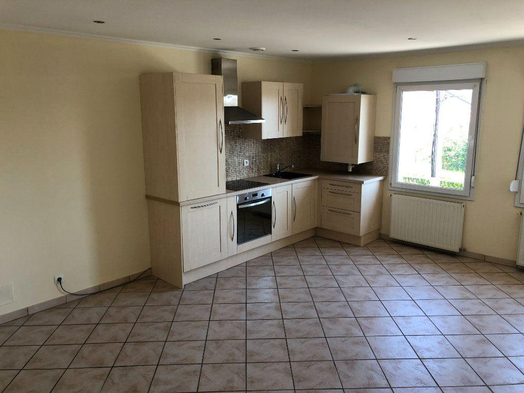 Appartement à louer 2 43.5m2 à Thionville vignette-7