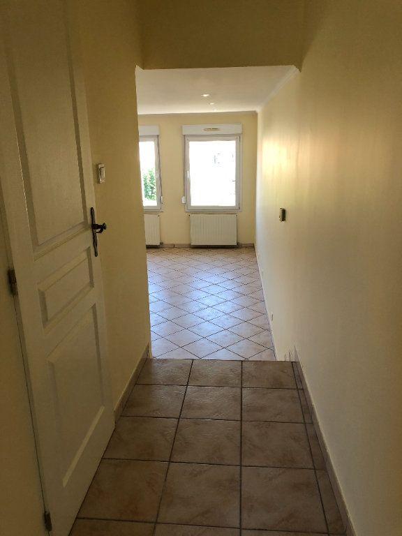 Appartement à louer 2 43.5m2 à Thionville vignette-9