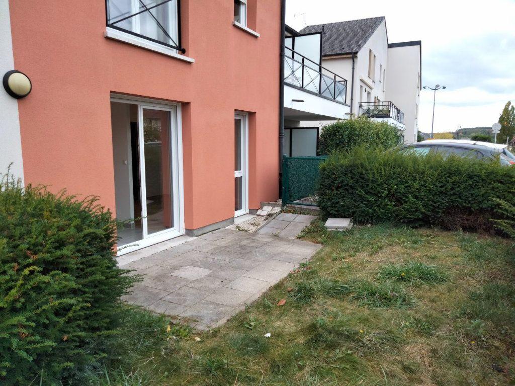 Appartement à louer 1 33m2 à Thionville vignette-2