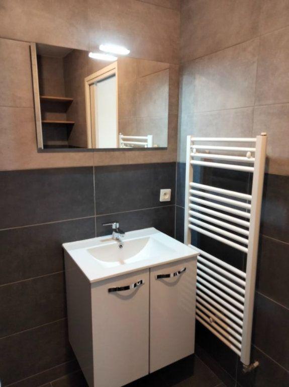 Appartement à louer 1 33m2 à Thionville vignette-4