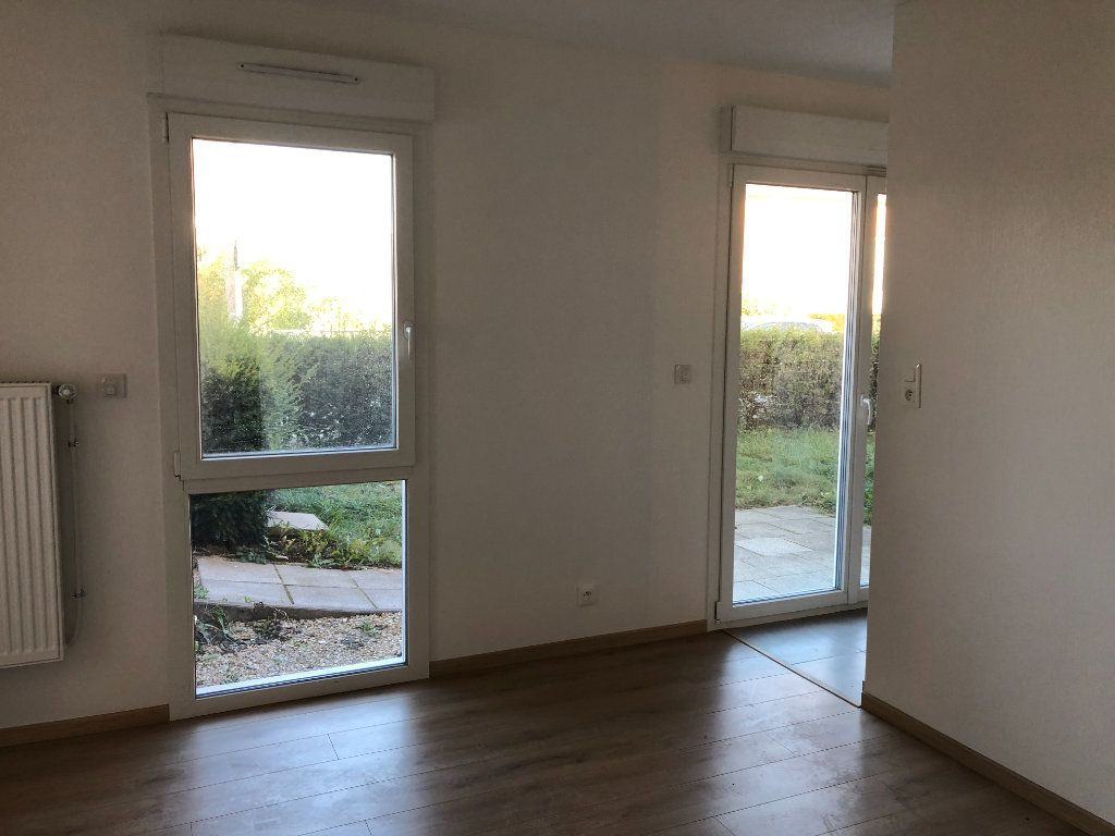 Appartement à louer 1 33m2 à Thionville vignette-9