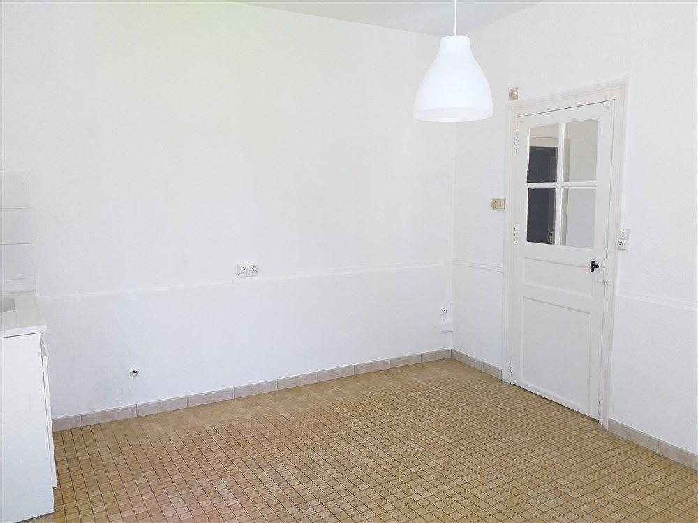 Maison à louer 2 34.85m2 à Montoire-sur-le-Loir vignette-3