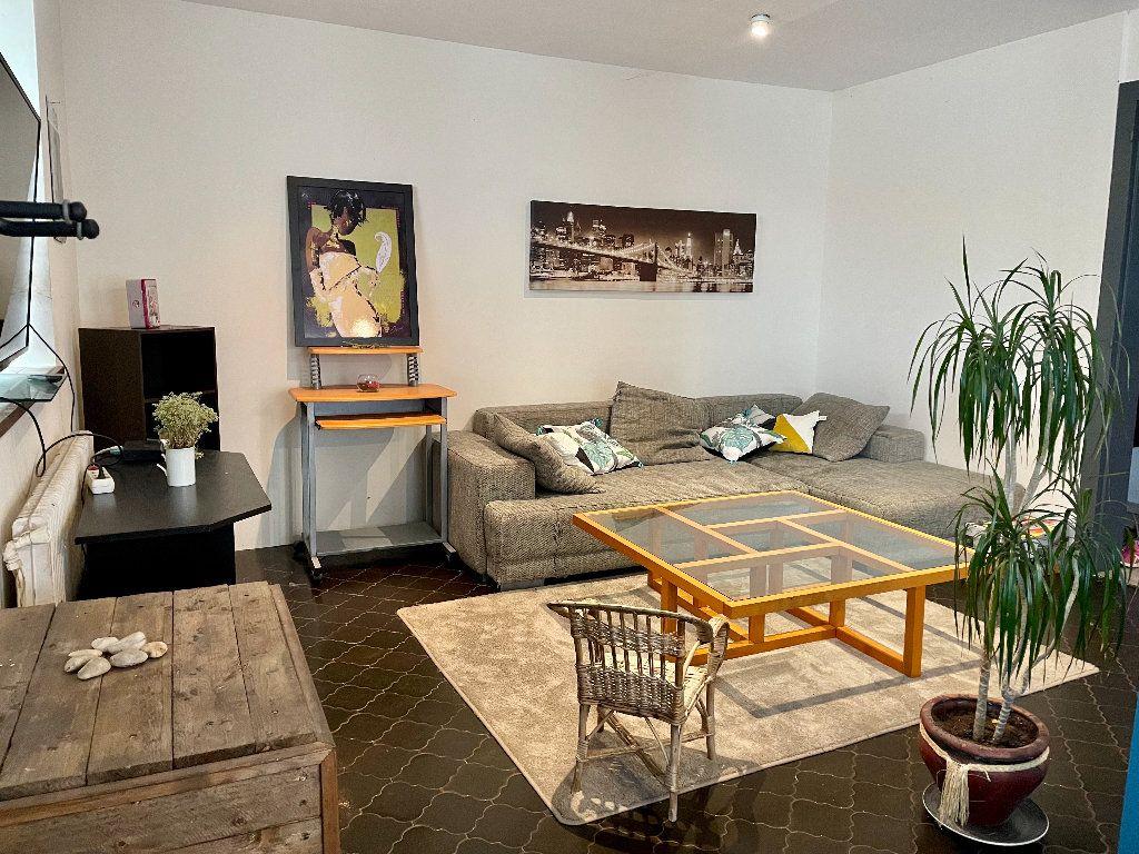 Maison à vendre 5 115m2 à Frotey-lès-Vesoul vignette-1