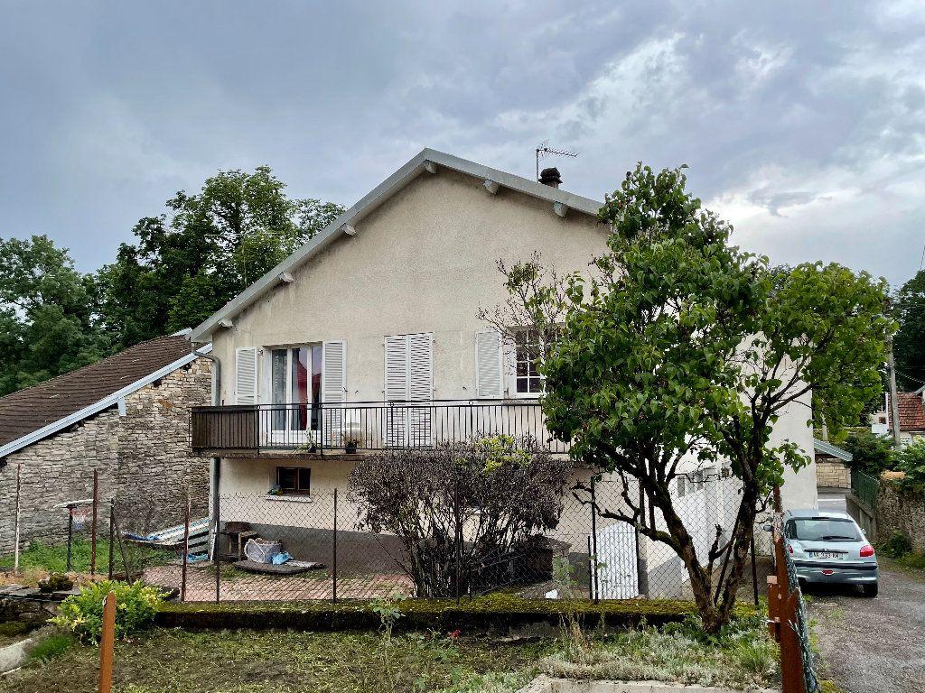 Maison à vendre 5 115m2 à Frotey-lès-Vesoul vignette-4