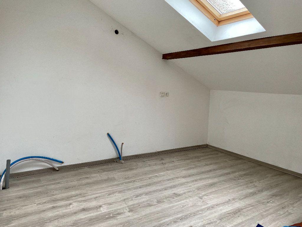 Maison à vendre 5 115m2 à Frotey-lès-Vesoul vignette-7