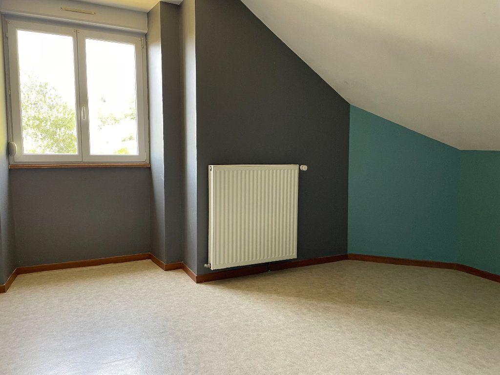 Maison à louer 6 163m2 à Fontenois-lès-Montbozon vignette-8