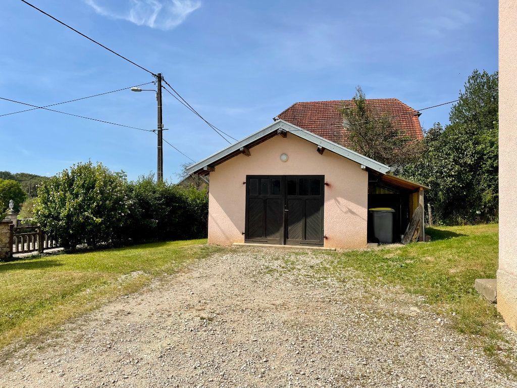 Maison à louer 6 163m2 à Fontenois-lès-Montbozon vignette-11