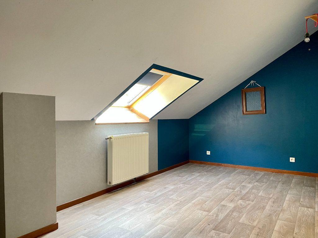 Maison à louer 6 163m2 à Fontenois-lès-Montbozon vignette-18