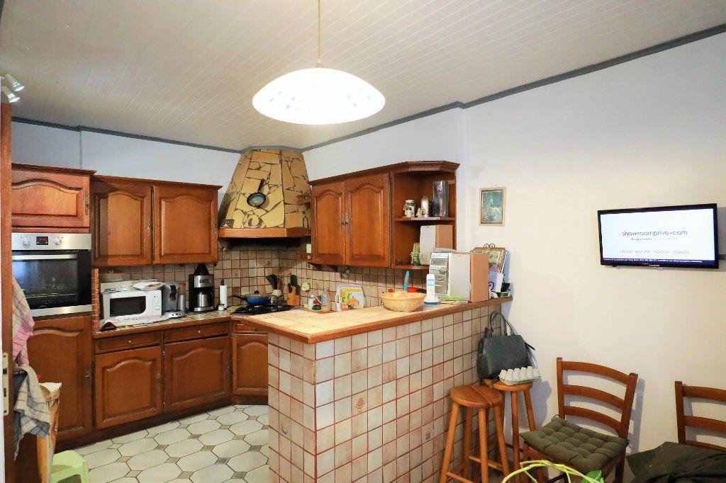 Maison à vendre 6 180m2 à Beaucaire vignette-4