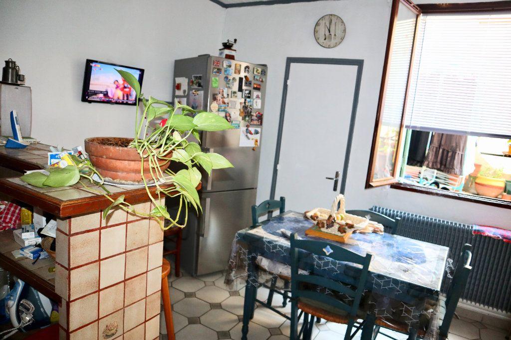 Maison à vendre 6 180m2 à Beaucaire vignette-5