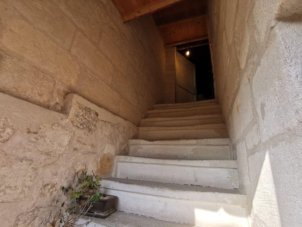 Maison à vendre 5 105m2 à Beaucaire vignette-1