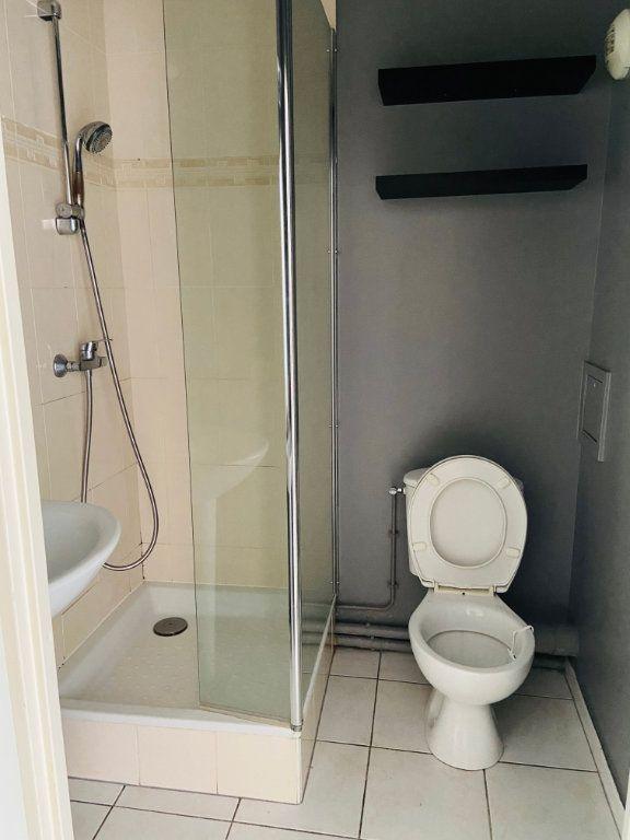 Appartement à louer 2 37.98m2 à Noisy-le-Grand vignette-7