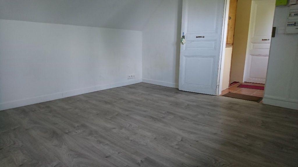 Appartement à louer 1 11m2 à Noisy-le-Grand vignette-3