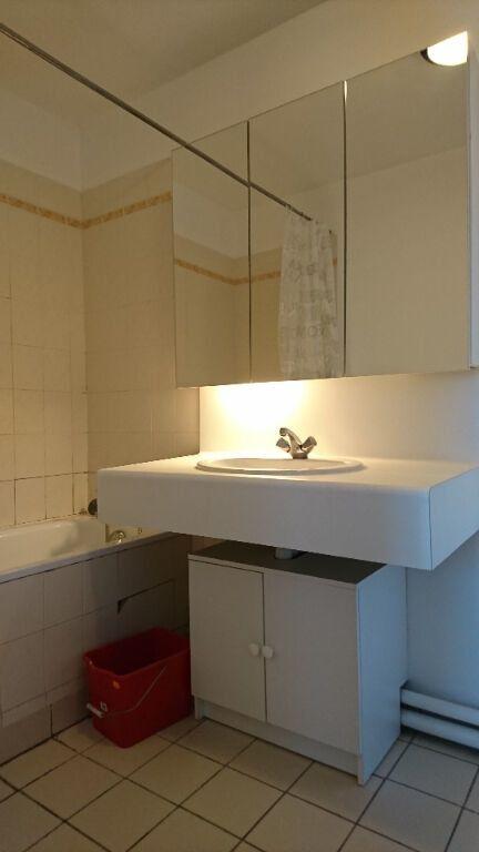 Appartement à louer 2 47m2 à Noisy-le-Grand vignette-7