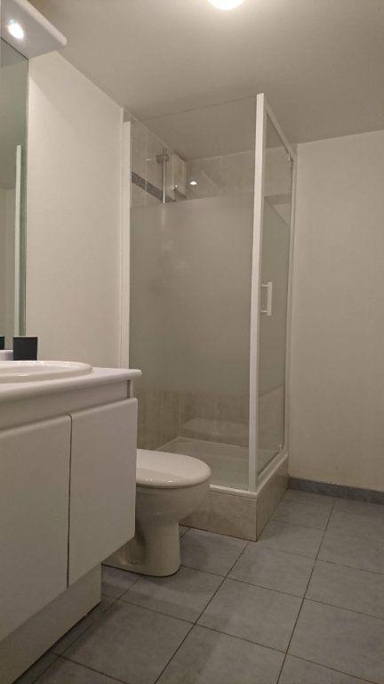 Appartement à louer 1 23m2 à Villiers-sur-Marne vignette-3