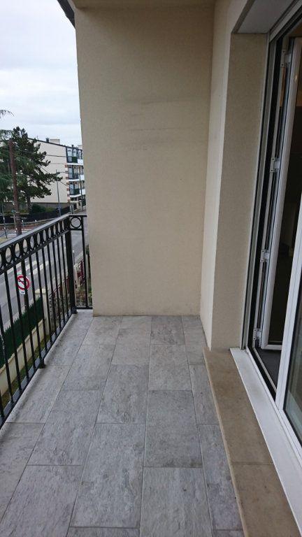 Appartement à louer 2 44.35m2 à Noisy-le-Grand vignette-8