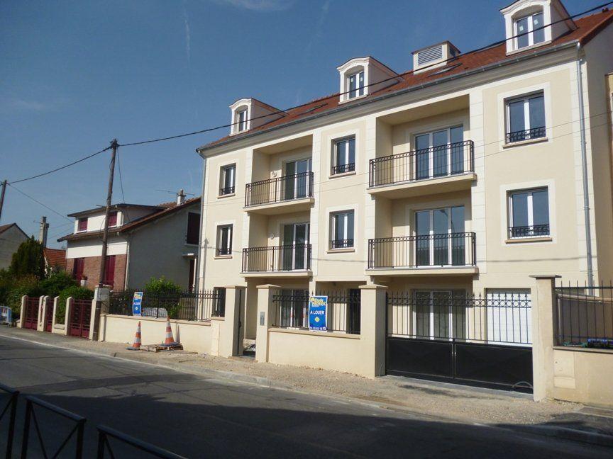 Appartement à louer 2 44.35m2 à Noisy-le-Grand vignette-9