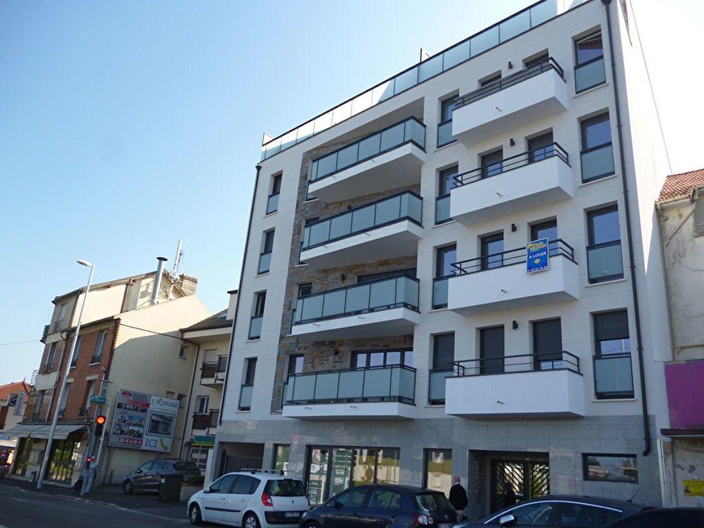 Appartement à louer 2 44.73m2 à Noisy-le-Grand vignette-1