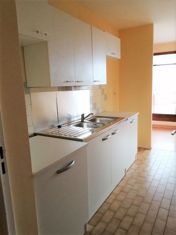 Appartement à louer 2 53m2 à Noisy-le-Grand vignette-4