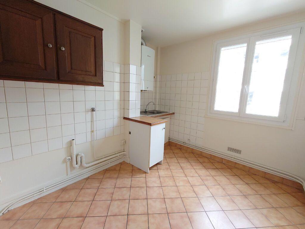 Appartement à louer 2 47m2 à Le Plessis-Trévise vignette-5