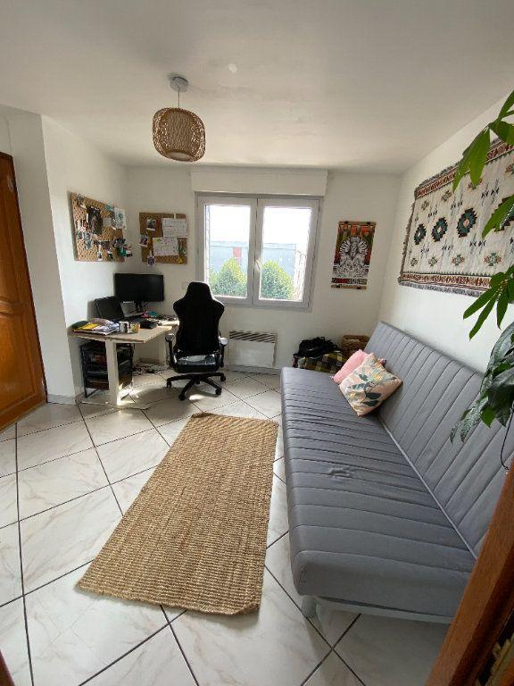 Appartement à louer 2 43.18m2 à Noisy-le-Grand vignette-3