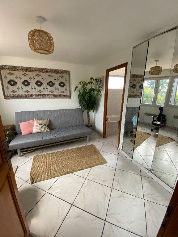 Appartement à louer 2 43.18m2 à Noisy-le-Grand vignette-4