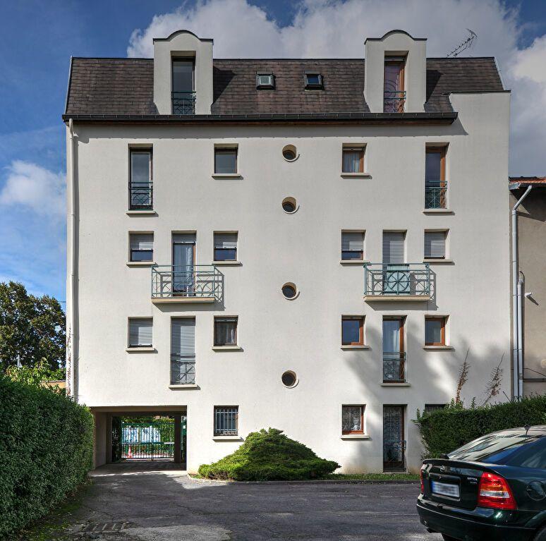 Appartement à louer 4 74m2 à Noisy-le-Grand vignette-4