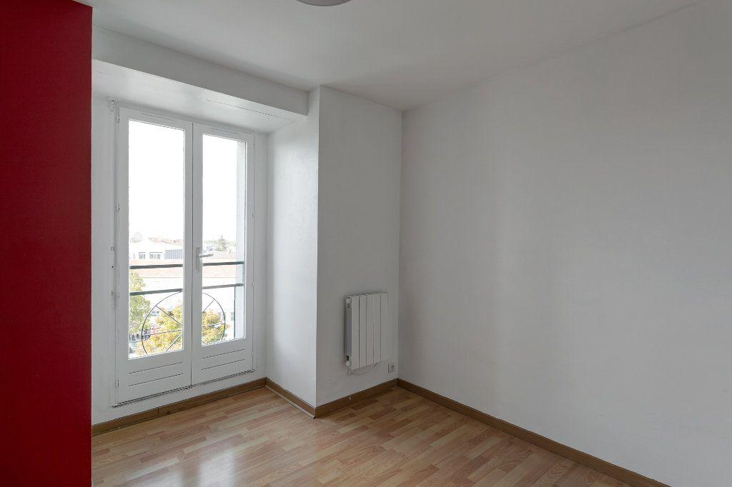 Appartement à louer 4 74m2 à Noisy-le-Grand vignette-8