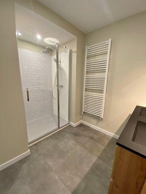 Appartement à louer 5 90.04m2 à Vitré vignette-10