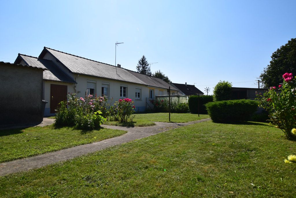 Maison à vendre 4 68m2 à Saint-Pierre-la-Cour vignette-1