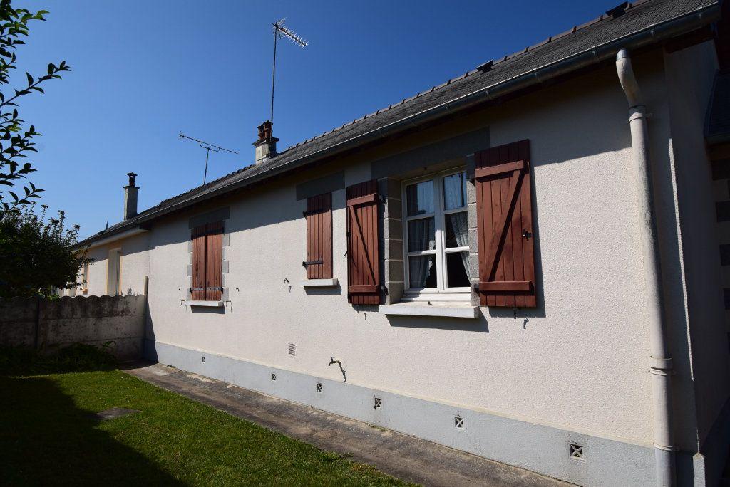 Maison à vendre 4 68m2 à Saint-Pierre-la-Cour vignette-3
