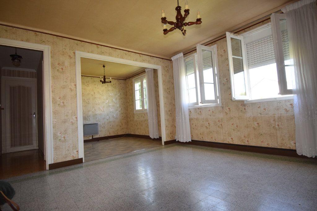 Maison à vendre 4 68m2 à Saint-Pierre-la-Cour vignette-4