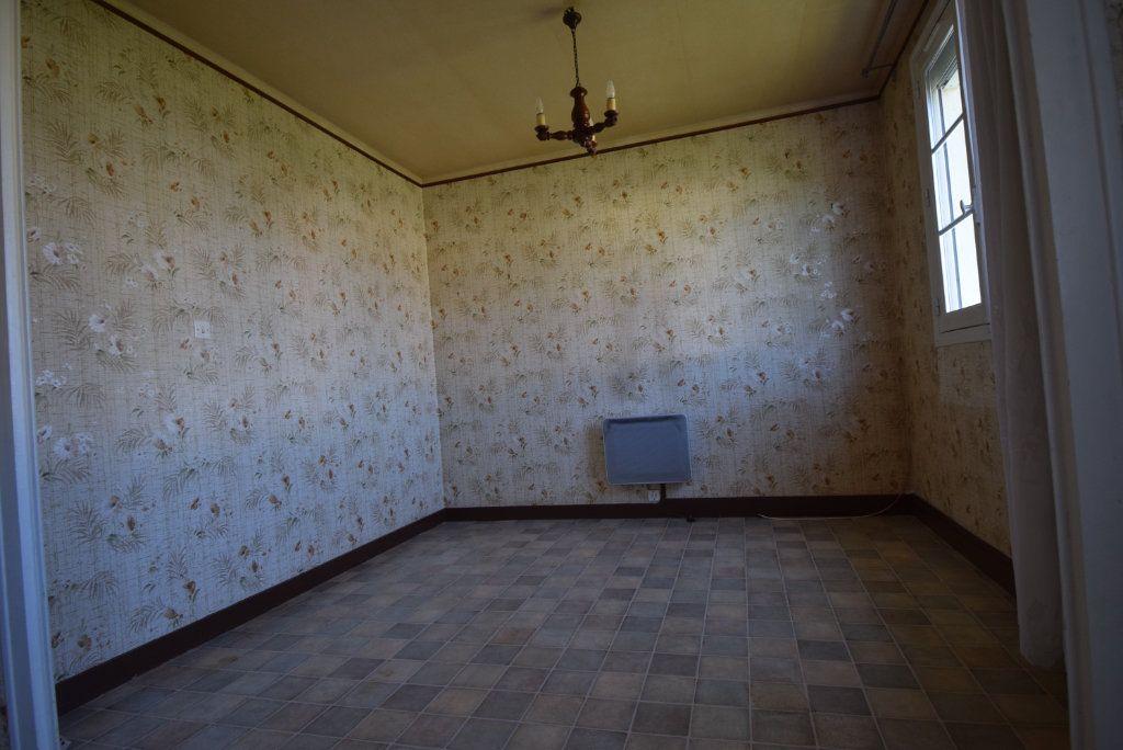 Maison à vendre 4 68m2 à Saint-Pierre-la-Cour vignette-6