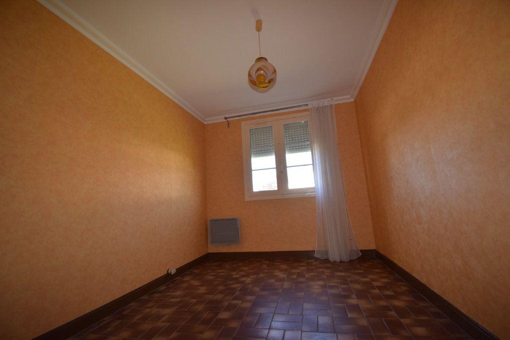 Maison à vendre 4 68m2 à Saint-Pierre-la-Cour vignette-10
