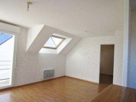 Appartement à louer 3 62.35m2 à Étrelles vignette-1