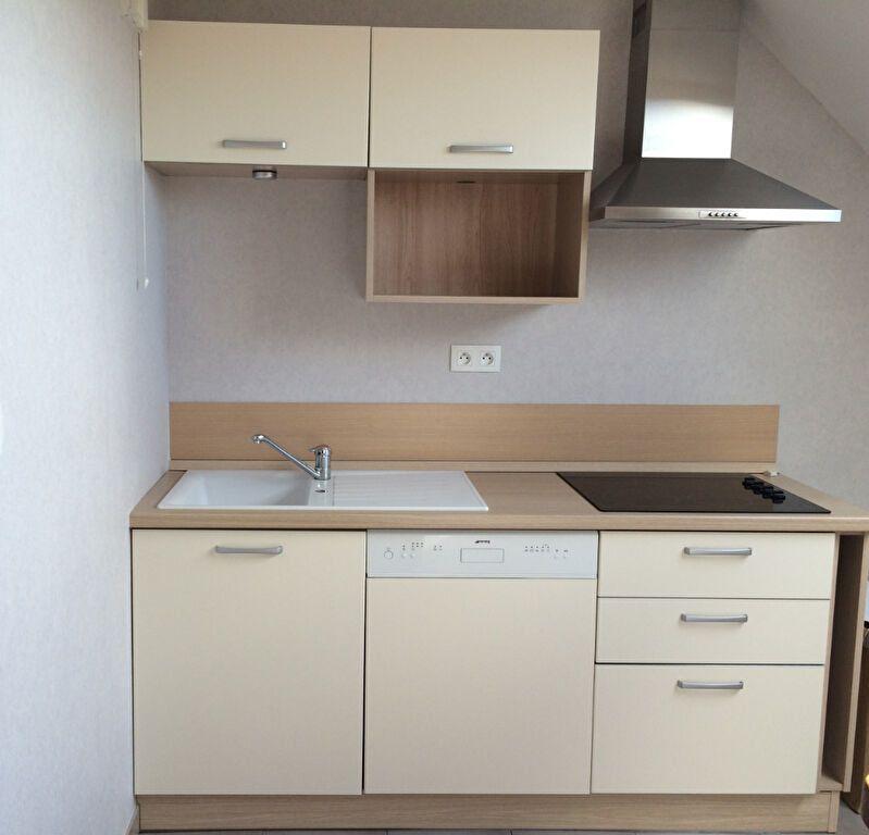 Appartement à louer 3 62.35m2 à Étrelles vignette-4