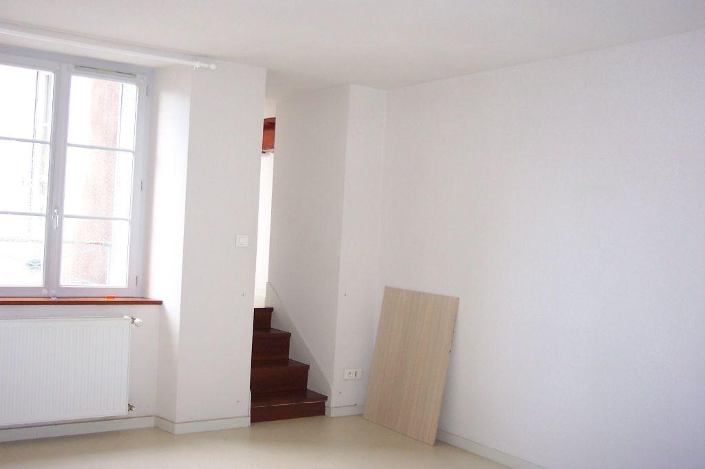 Appartement à louer 3 73m2 à Saint-Junien vignette-11