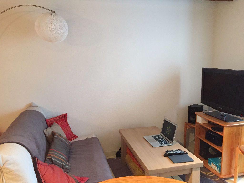 Appartement à louer 3 60m2 à Saint-Junien vignette-4