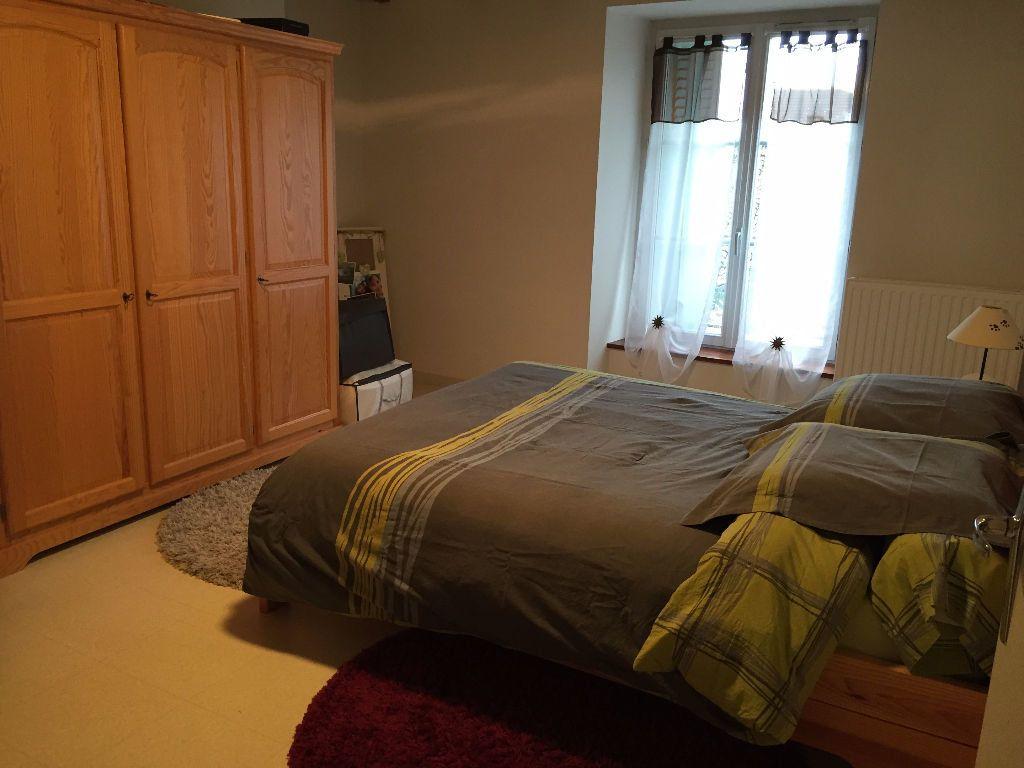 Appartement à louer 3 60m2 à Saint-Junien vignette-7